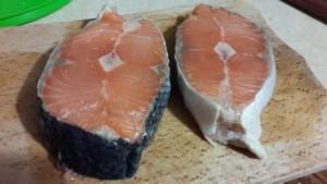стейк лосося в мультиварке