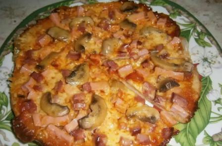 Пицца без дрожжей в мультиварке