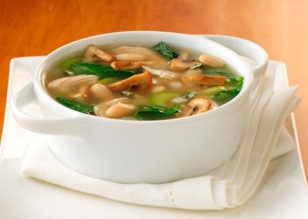 Грибной суп с перловкой в мультиварке
