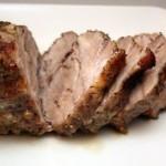 Нежная свинина запеченная  в мультиварке