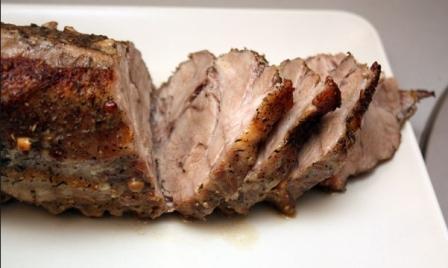 нежная свинина в фольге  запеченная в мультиварке