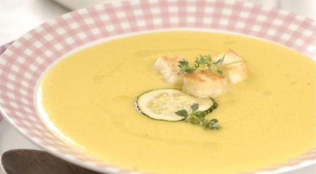 Суп-пюре из кабачков в мультиварке