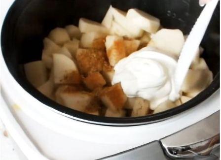 курица с картошкой в сметане в мультиварке